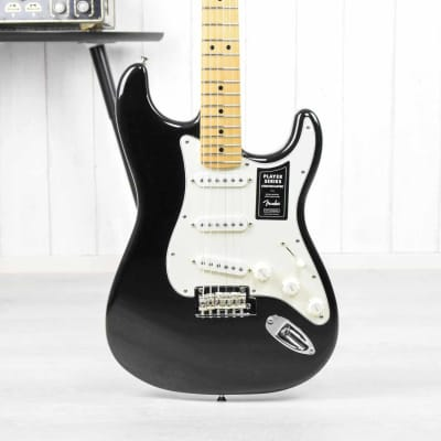 Fender Player Stratocaster Black MN