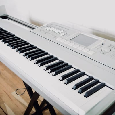 Korg M3 88 key piano keyboard synthesizer Excellent condition-synth for sale