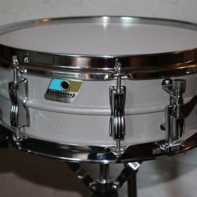 ludwig l 404 acrolite 5x14 aluminum snare with rounded reverb. Black Bedroom Furniture Sets. Home Design Ideas