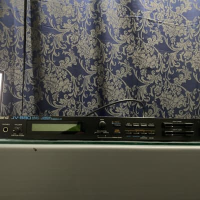 Roland JV-880 Multi Timbral Synthesizer Module