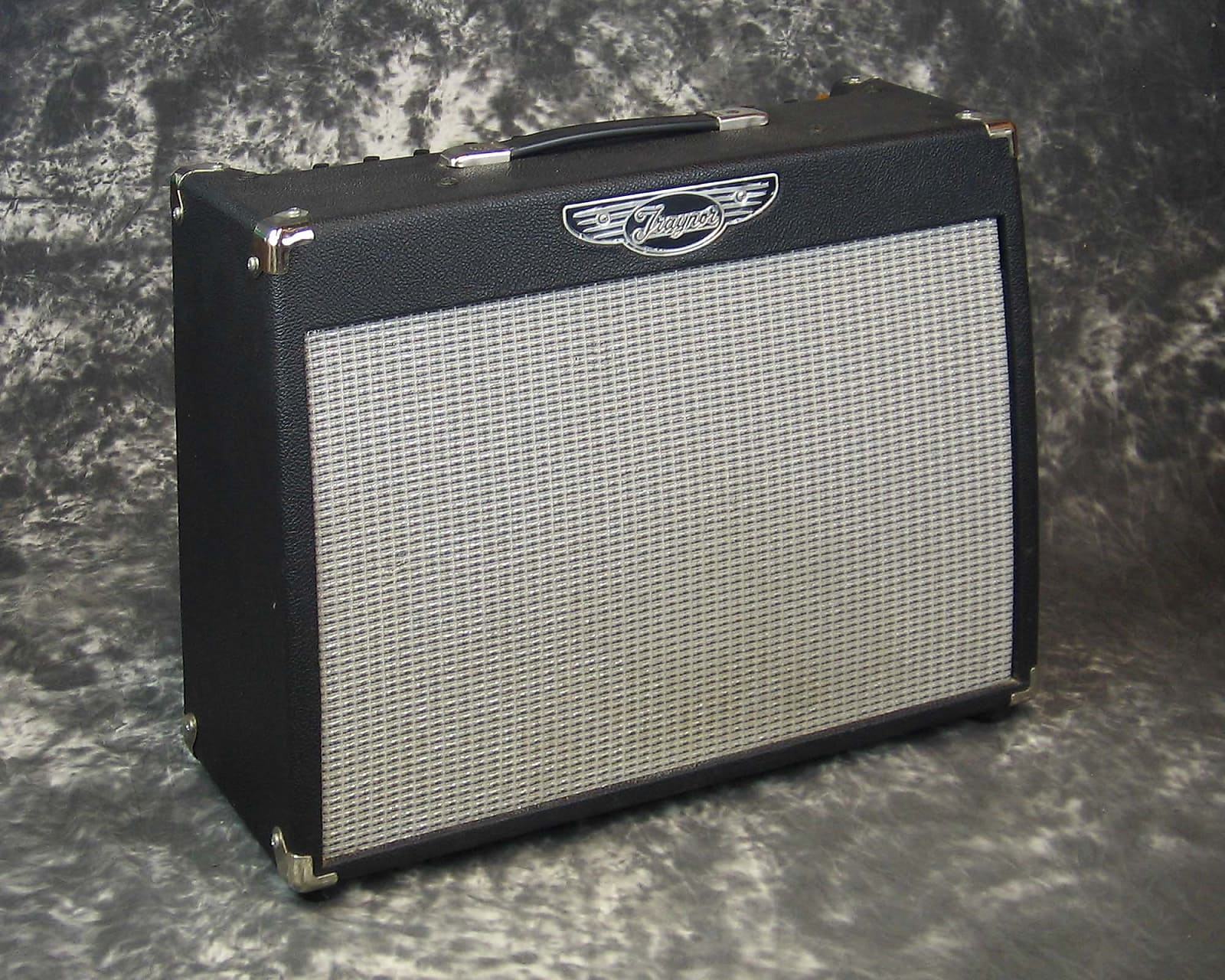 VG used Traynor YCV40 all-tube guitar amplifier