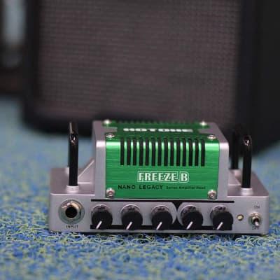 Hotone Nano Legacy Freeze B 5-Watt Guitar Head