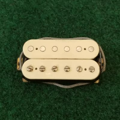 Unknown Brand Humbucker Pickup Sounds Killer Reads 8.66K Cream Bobbins