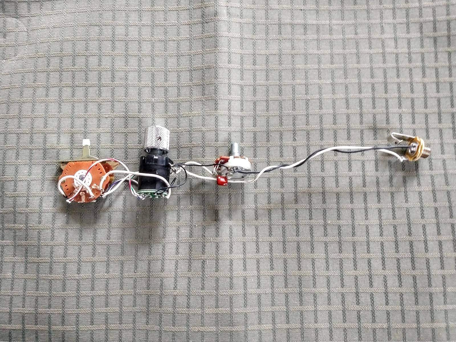 Fender American Deluxe Telecaster S1 Wiring Harness 2010 on fender usa stratocaster deluxe hss wiring, fender twisted tele wiring, fender telecaster wiring diagram for guitar,