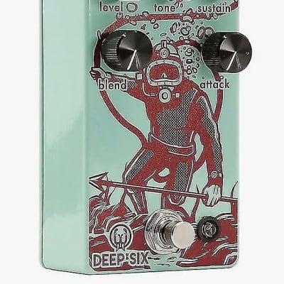 Walrus Audio Deep Six V3 Compressor Teal /Rust
