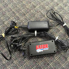 Gator G-BUS-8 Pedal Board Universal Power Supply - Free Shipping!