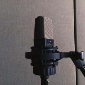 AKG C414 B XLS Large Diaphragm Multipattern Condenser Microphone