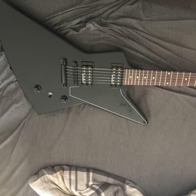 Gibson Modern Explorer B-2