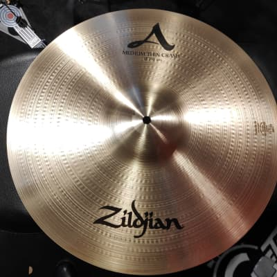 "Zildjian A 18"" Medium Thin Crash Cymbal"