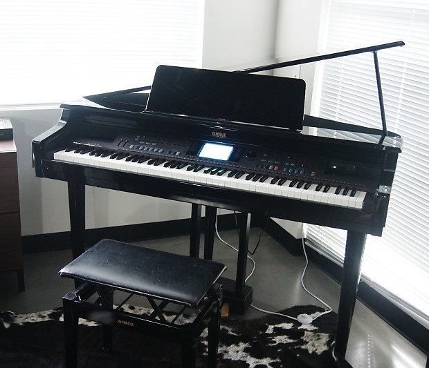 Yamaha clavinova cpv600 digital baby grand piano 88 made for Yamaha clavinova price list