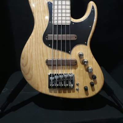 XOTIC XJ-1T 5 STRING BASS NATURAL ASH - 24 FRET MN for sale