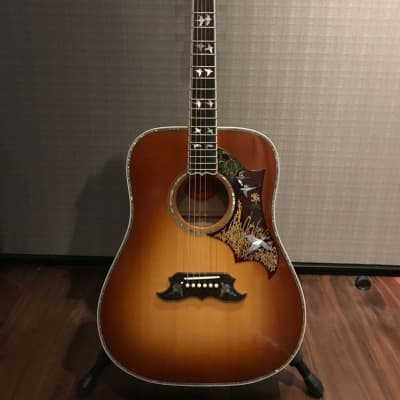 Gibson Dove in Flight  2016 Red for sale