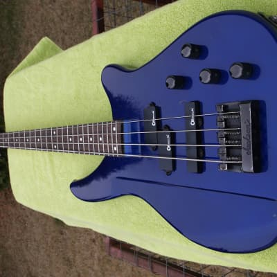 Charvel Eliminator Bass with Gator Hard Shell Case for sale