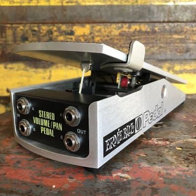 Ernie Ball 500k Stereo Volume / Pan Pedal - P06165