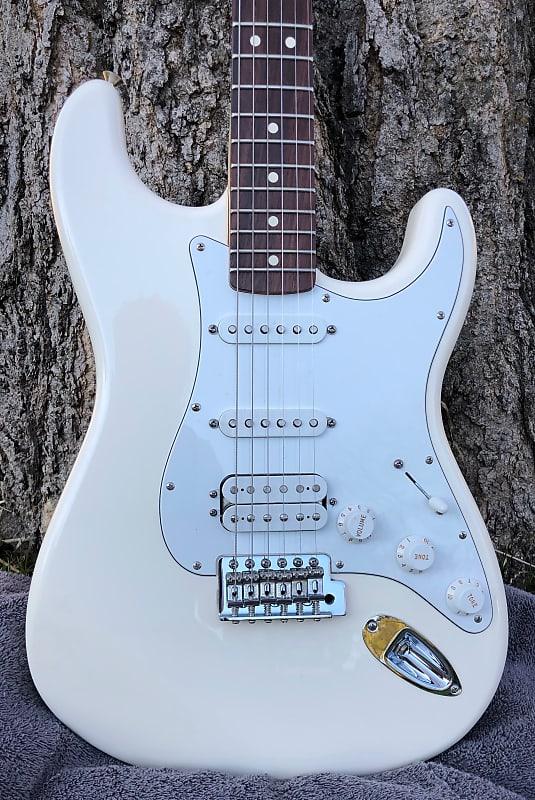 60th Anniversary Stratocaster : fender 60th anniversary standard stratocaster 2006 white reverb ~ Hamham.info Haus und Dekorationen