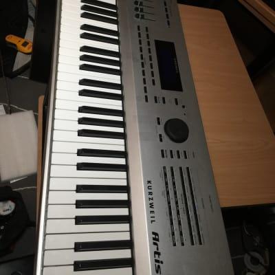 Kurzweil Artis-7 76 Key Stage Piano