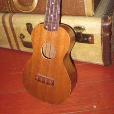 Circa 1964 Harmony Roy Smeck Soprano Ukulele