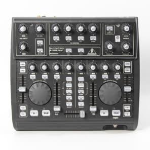 Behringer B-Control DeeJay BCD3000 DJ Mixer and USB Controller