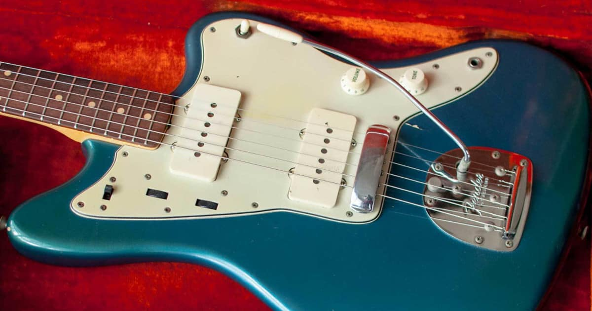 Why Are Jazzmasters Still So Popular?