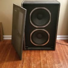 Traynor YT 15 Bass Cabinet W/ 2 NOS Peavey Scorpion Speakers (1970s)
