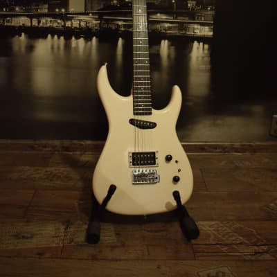 Westone Spectrum II SP1012ST-SW 1987 White with GOTOH tuners for sale