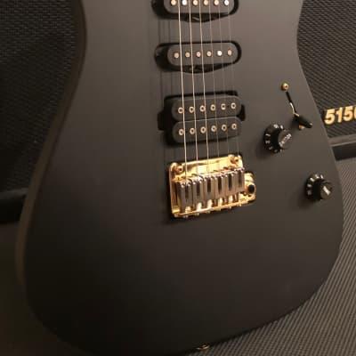 Charvel USA Select DK 24 HSS 2PT CM , Satin Black