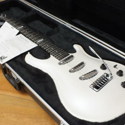 Flaxwood Laine 3LP-T 2009 Pearl White for sale