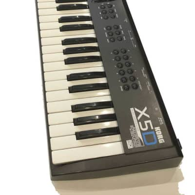 Korg X5D Keyboard Synth