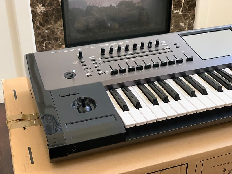 Korg Kronos 61 loaded with Dream Theater Sounds