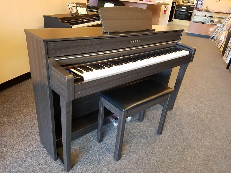 yamaha clavinova clp 635 digital piano clp635dw bench reverb. Black Bedroom Furniture Sets. Home Design Ideas
