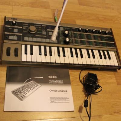Korg microKORG 37-Key Synthesizer/Vocoder w/ mic, adapter & manual