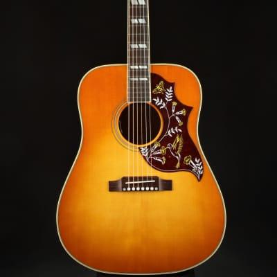 Gibson Montana Hummingbird Original Heritage Cherry Sunburst