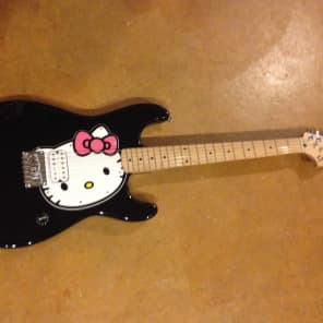 Squier Hello Kitty Stratocaster Black