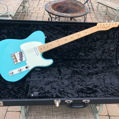D'Pergo NAMM Aged Contoured Bakersfield for sale