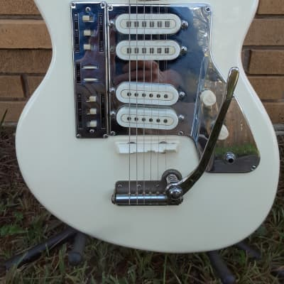 Bradford Guyatone LG-140 Mid 60's  Arctic White with OHSC for sale