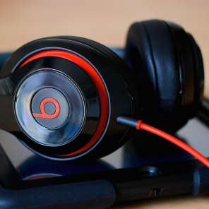 Beats by Dre Studio 2.0 Headphones