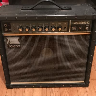"""Roland JC-50 Jazz Chorus 50-Watt 1x12"""" Guitar Combo Amp"""