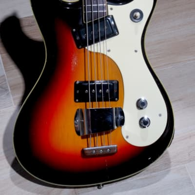 Mosrite Ventures Bass 1963 Sunburst for sale
