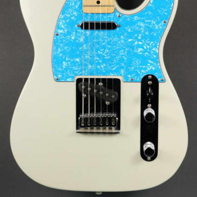 USED Fender Special Edition White Opal Telecaster (724) for sale