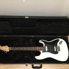 Fender Standard Stratocaster Olympic White W HSC