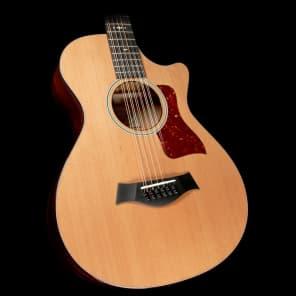 Taylor 552ce 12-Fret 12-String Grand Concert Acoustic/Electric Guitar