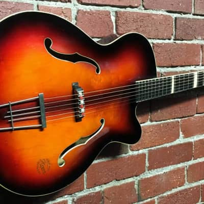 Hoyer Expo Arch Top - 1959 for sale