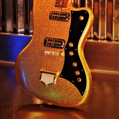 Deane 400 1979 Goldflake.  Extremely Rare and Collectible. Only 4 remain.  Great sound.  Uniquite. for sale