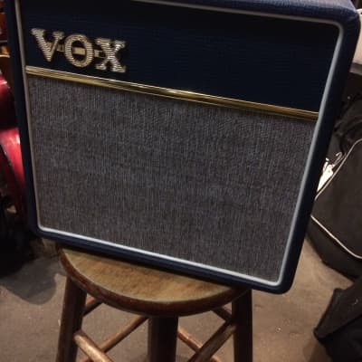 UPGRADED Vox AC4C1-BL 1x10