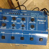 Roland GR-300 Vintage Analogue Guitar Synth. With 24 pin Midi Cable!