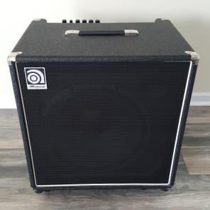 """Ampeg BA-115HPT 220-Watt 1x15"""" Bass Combo"""