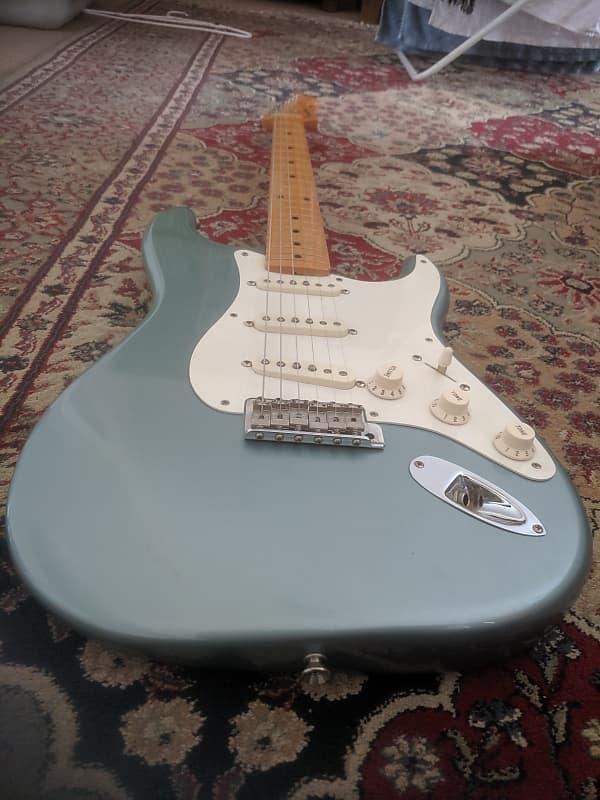 Fender 57 reissue Stratocaster 2001 model Ice Blue Metallic ... on