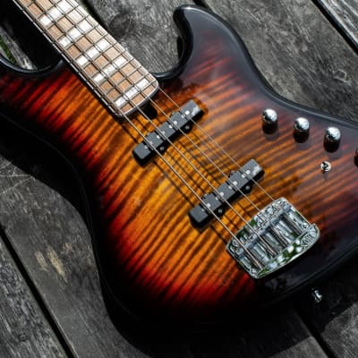 Mayones Jabba 4 Classic - Dirty Sunburst Gloss for sale