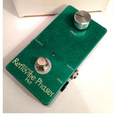 "Montreux Retrovibe Phaser ""Hot"""