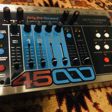 Electro-Harmonix 45000 Multi-Track Stereo Looper